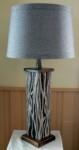 lampe-aluminium-et-bois-30-pces-de-hauteur